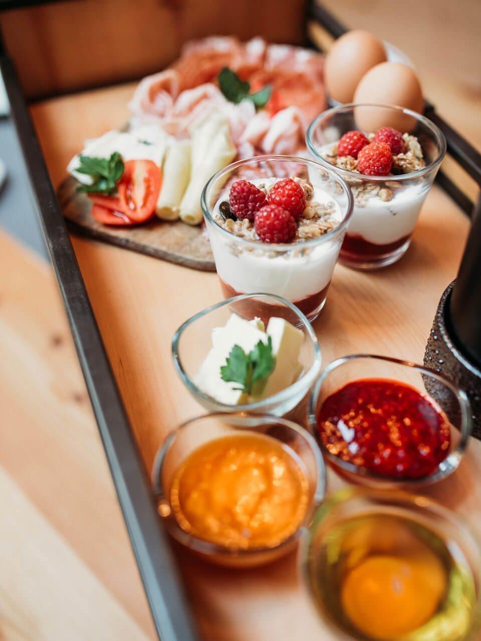Mit unserem Frühstückskorb starten Sie vital in den Tag