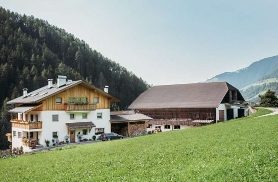 grosskarnaiderhof-luesen-suedtirol (12)