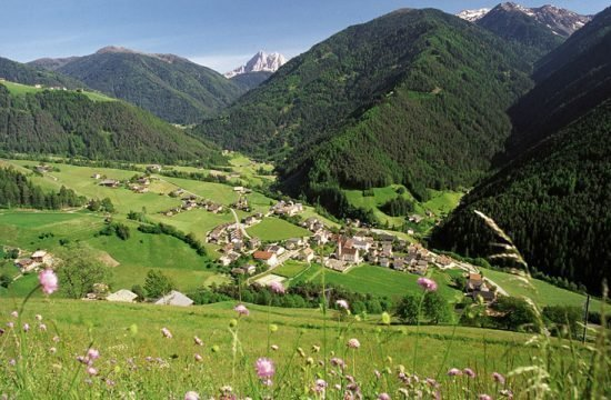 grosskarneiderhof-luesen-suedtirol-(1)